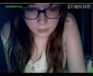 Stickam girl in glasses masturbates